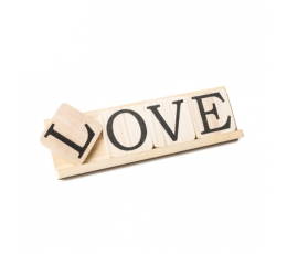 """Dekoracija-raidės """"LOVE"""", medinė (10x35 cm)"""