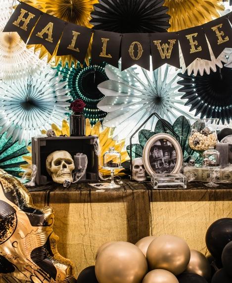Kaukolinis Helovino dekoras