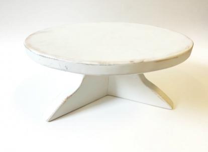 (NUOMA) Medinė tortinė, balta (maža)