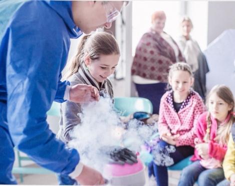 Moksliniai eksperimentai - šaunus gimtadienio užsiėmimas?