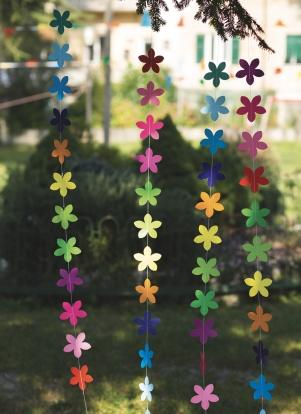 """Kabanti dekoracija """"Spalvotos gėlės"""" (2 m)"""