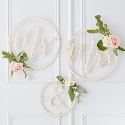 """Medinės dekoracijos-lankai """"Mr & Mrs"""""""