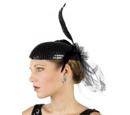 Retro kepuraitė su plunksnomis