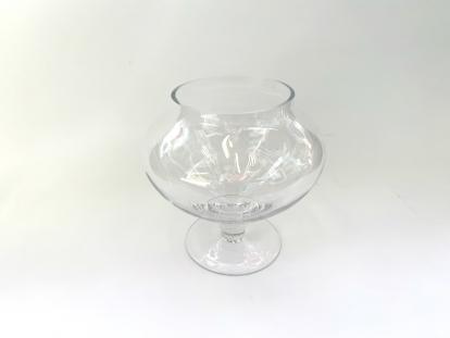 (NUOMA) Saldaininė ant kojelės, stiklinė (apvali)
