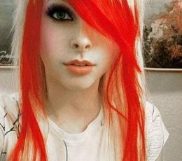 Plaukų lakas / raudonas (75 ml.) 2