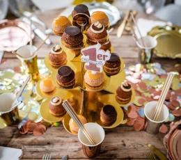 Saldumynų stovas, aukso spalvos (3-jų aukštų) 1