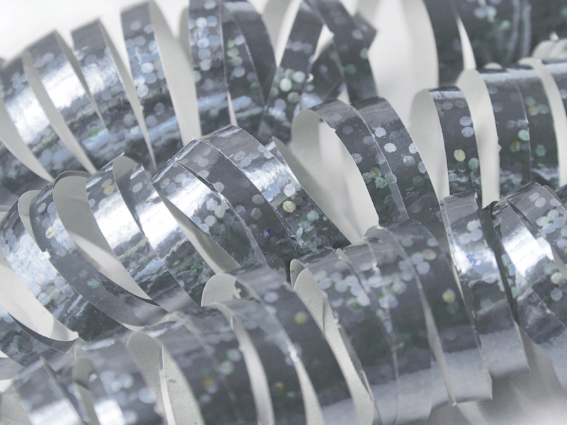 Holografiniai suktukai, sidabriniai (18 vnt./3,8 m)