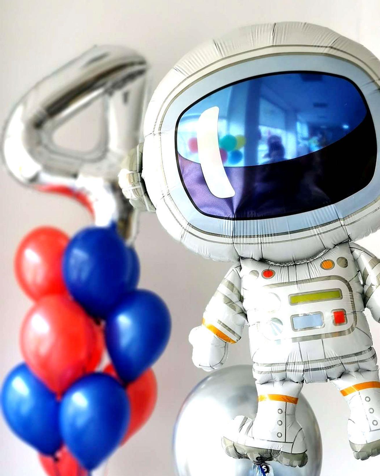 Lekiam kosmosan!